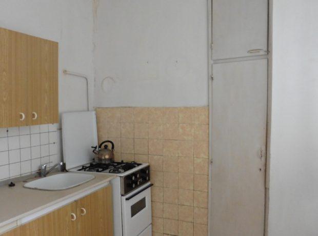 Ponúkame na predaj 2-izbový byt v Brezne.